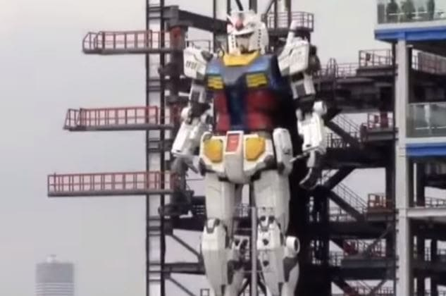 El robot nipón de 18 m de altura ya mueve las piernas